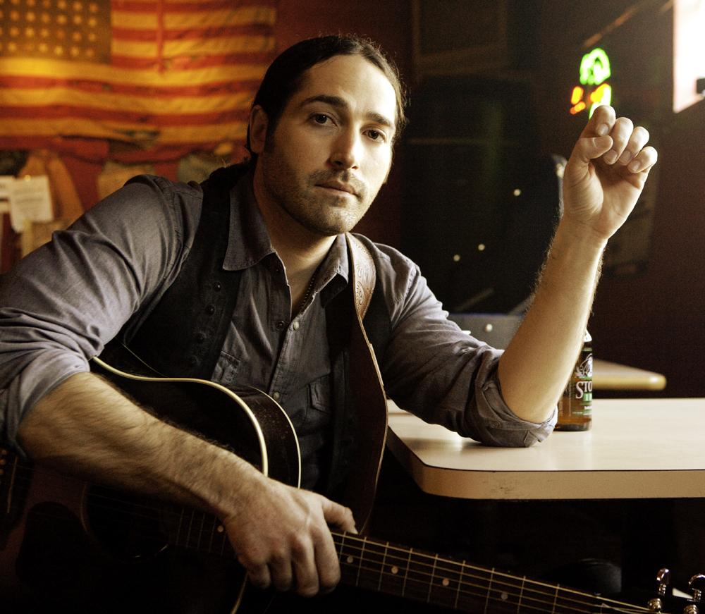 Country's Josh Thompson
