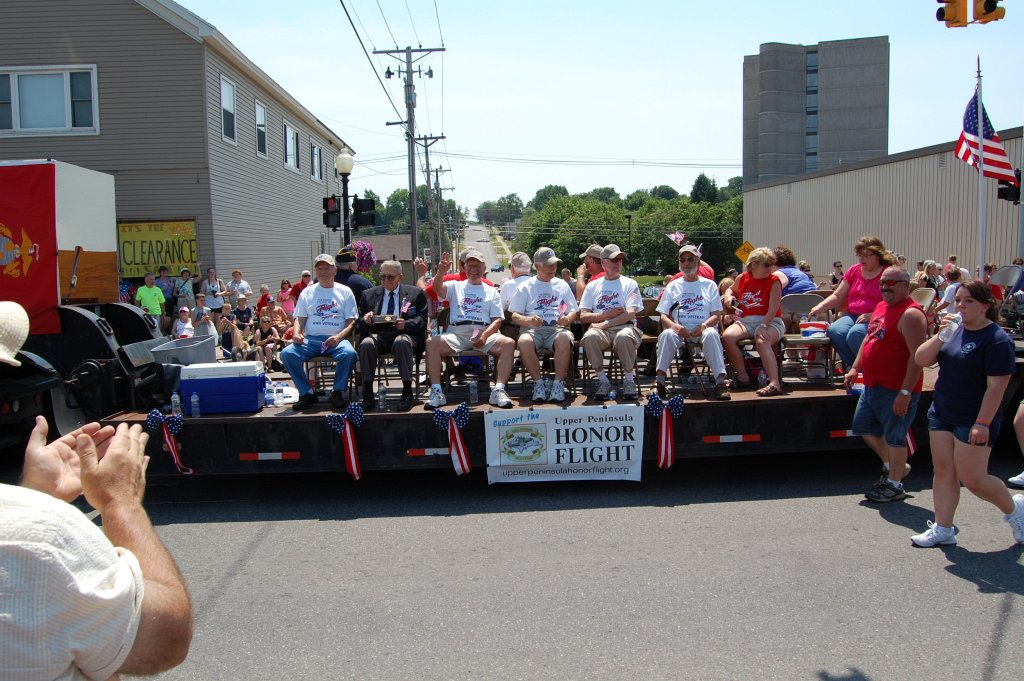 Downtown Marquette Michigan - Crowd Gathers for Independence Day Parade 2012