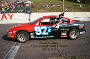 4 Cyl Modifieds Featured Winner  Jeremy Yelle