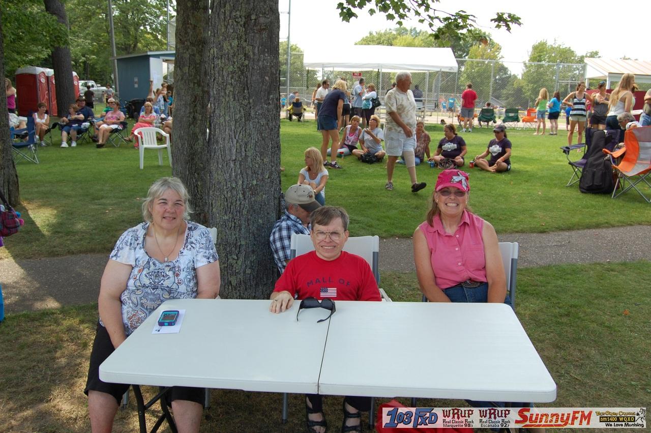 Texaco Country Showdown Judges: Cindy Engle, Bob Buchkoe, and Nacy ...
