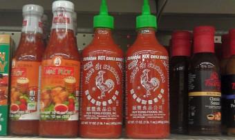 sriracha-huy-fong-foods-hot-chili-sauce-002