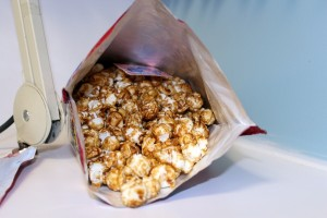 Cracker Jacks Prizes Popcorn Candy-007