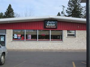 Auto Value of West Ishpeming Michigan Auto Parts Machine Shop Counter Service